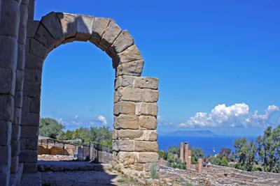 Tyndaris, Roman archeological site. Photo: Fabrizio Raneri